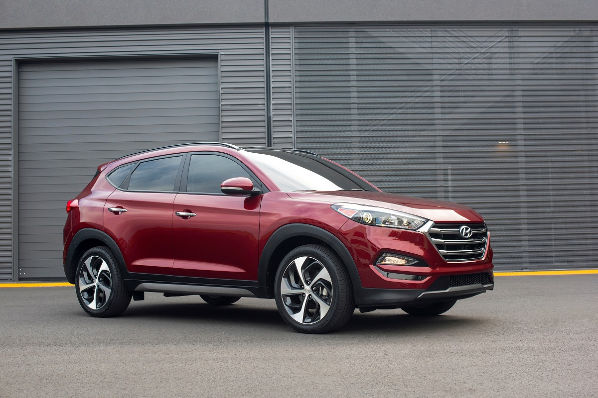 hyundai hyundai tucson facelift. Black Bedroom Furniture Sets. Home Design Ideas