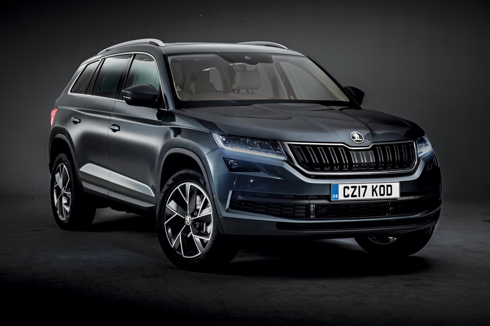 skoda kodiaq suv. Black Bedroom Furniture Sets. Home Design Ideas