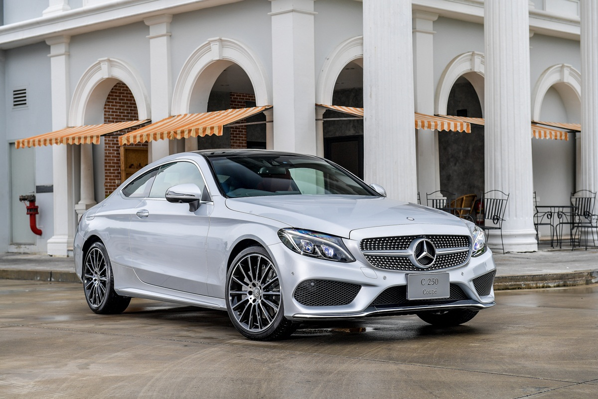 Mercedes benz c class coup for Benz sport katalog