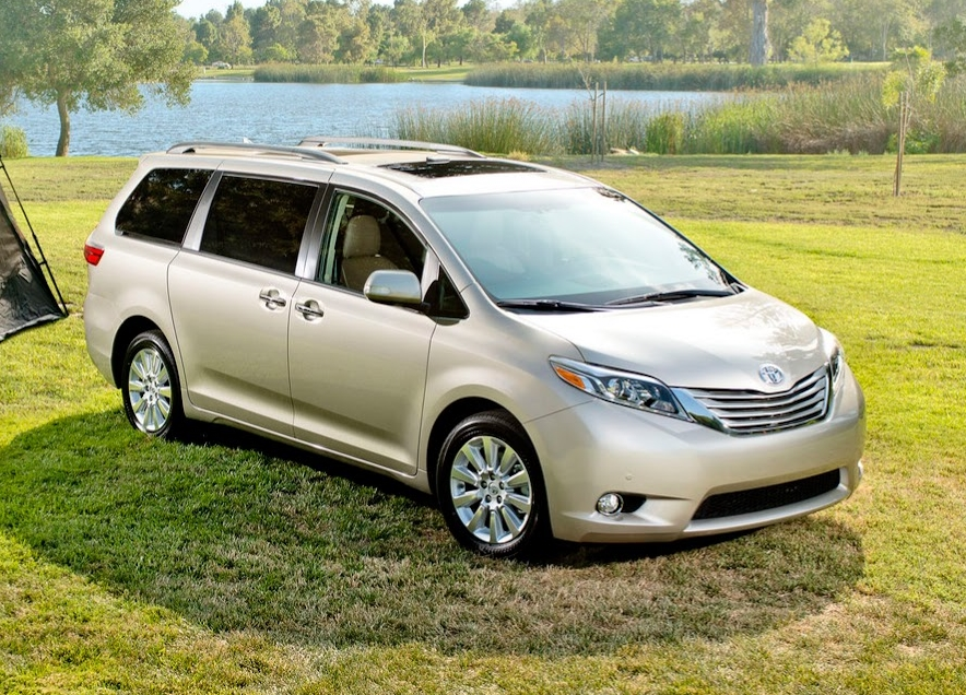2017 toyota sienna ground clearance specs view. Black Bedroom Furniture Sets. Home Design Ideas