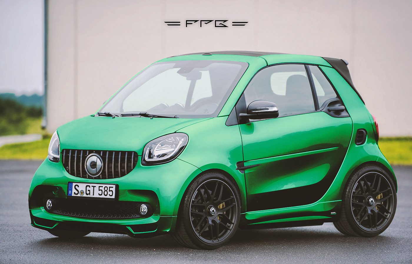 Smart ForTwo mix Mercedes-AMG GT R