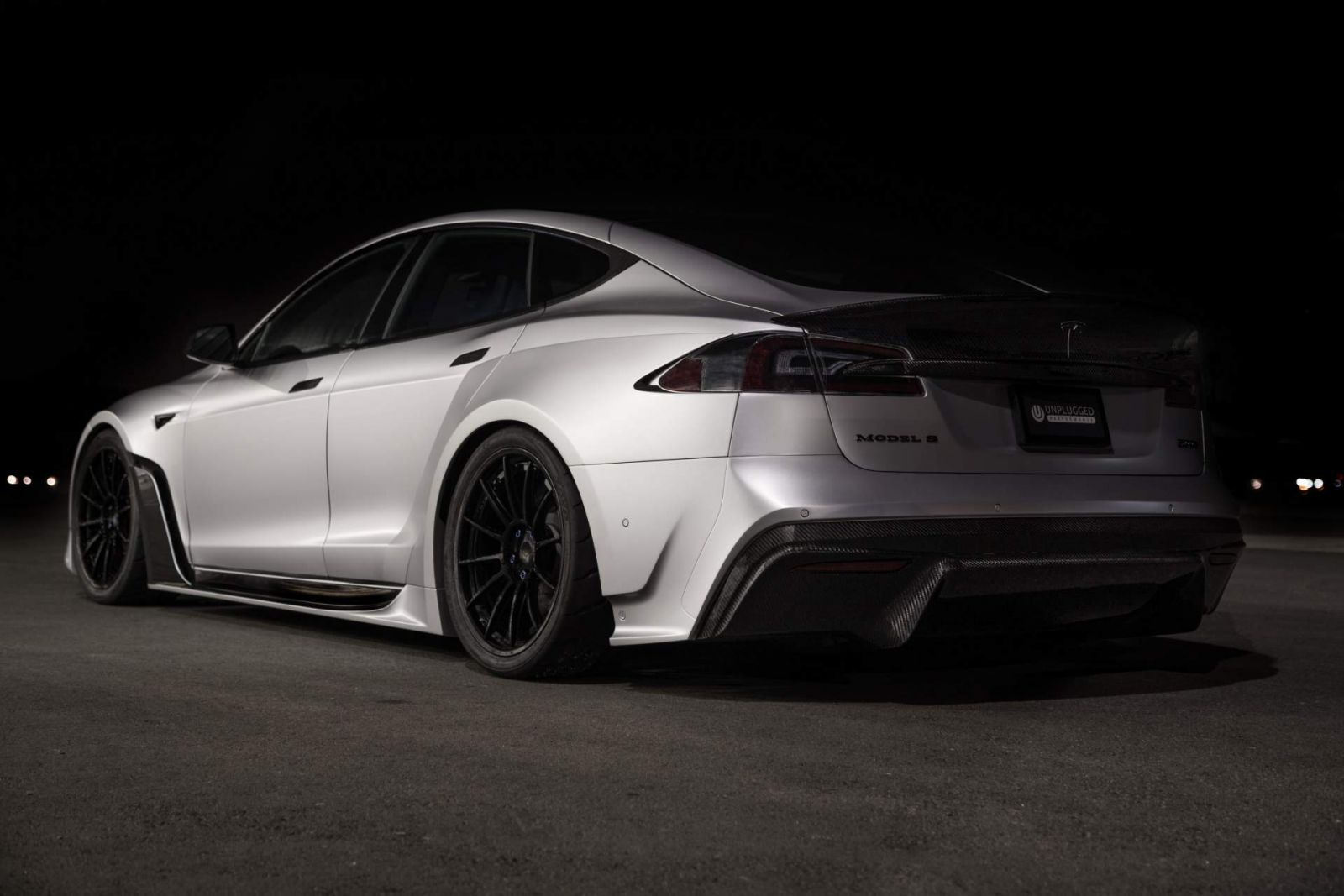 Tesla Model S โดย Unplugged Performance